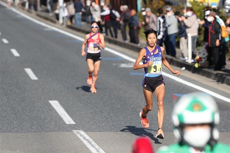 【駅伝】新谷仁美 区間記録を1分以上更新 10km通過は1万mの日本記録上回る/クイーンズ駅伝