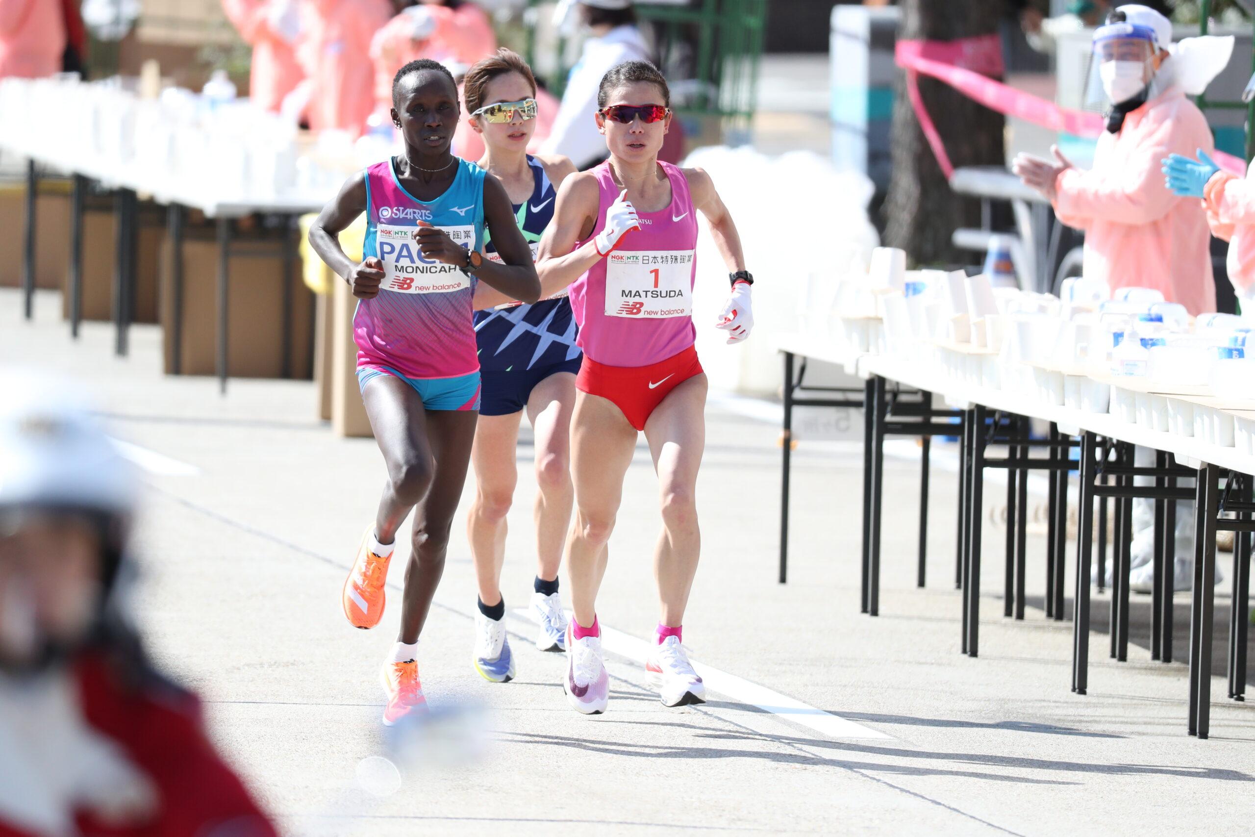 強風の中、松田が自己2番目の2時間21分51秒で涙の優勝!/名古屋ウィメンズマラソン