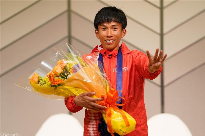 第76回びわ湖毎日マラソン 日本新 interview 鈴木健吾 「2:04:56」で勝てた要因を語る
