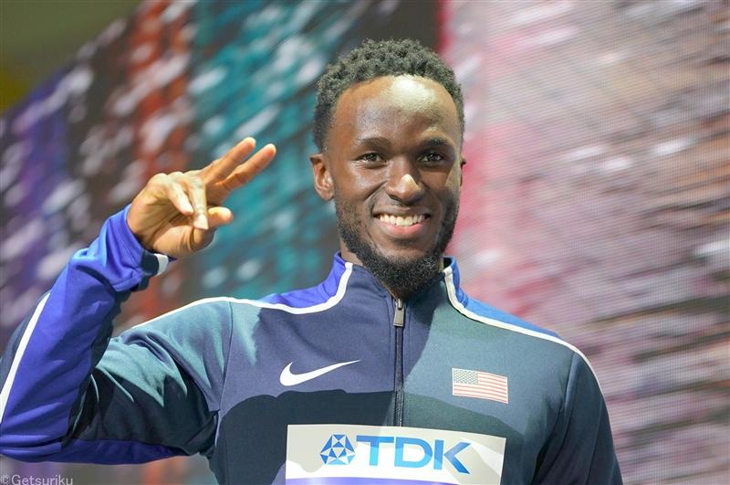 男子三段跳で五輪2大会連続銀メダリストのクレイが17m15