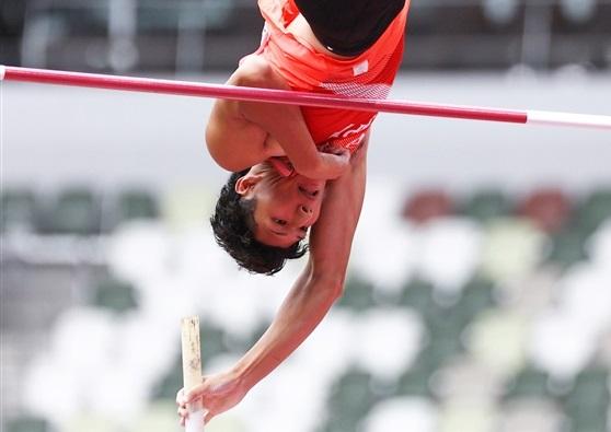 棒高跳・初五輪の江島雅紀は5m30で予選敗退「楽しさと悔しさ半々」