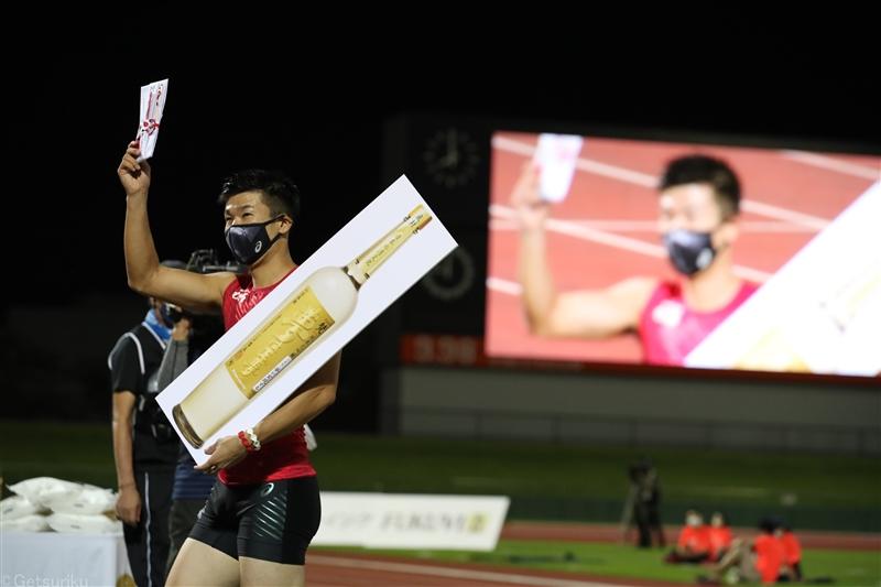 桐生祥秀10秒18!思い出の福井で貫禄の走り「こういうところで目立たないと」/福井ナイトゲームズ