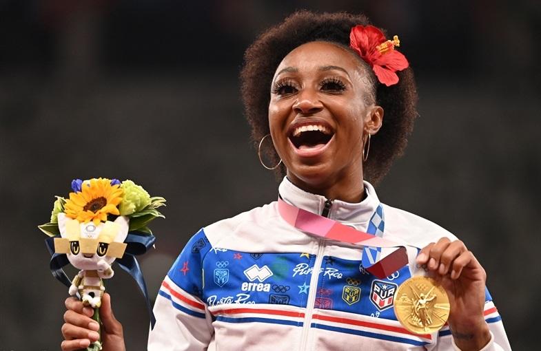 DAY4ハイライト/女子100mHカマチョ・クインが母国に初金メダル!走幅跳テントグルーが劇的V、バッカリが3000m障害ケニア連覇をストップ