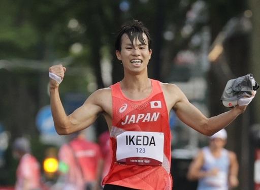 23歳・池田向希が快挙!20km競歩初となる銀メダル 東洋大マネージャー兼選手がつかんだ世界2位