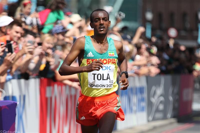 タヌイが女子世界歴代9位の2時間17分57秒でV 男子はロンドン銀のトラが制覇/アムステルダム・マラソン