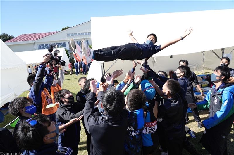 初出場決めた駿河台大・徳本監督「『何かやってやろう』という気持ちは学生時代から変わっていない」/箱根駅伝予選会